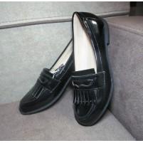 Качественные туфельки для девочки в школу